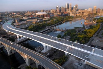 Des structures anti-pollution sur le pont du minnesota